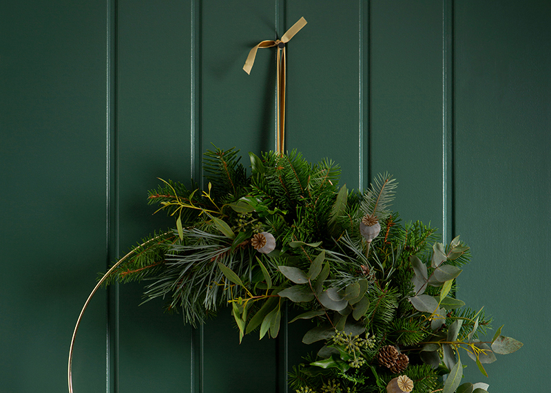Expert Tips to Create the Perfect Wreath this Festive Season