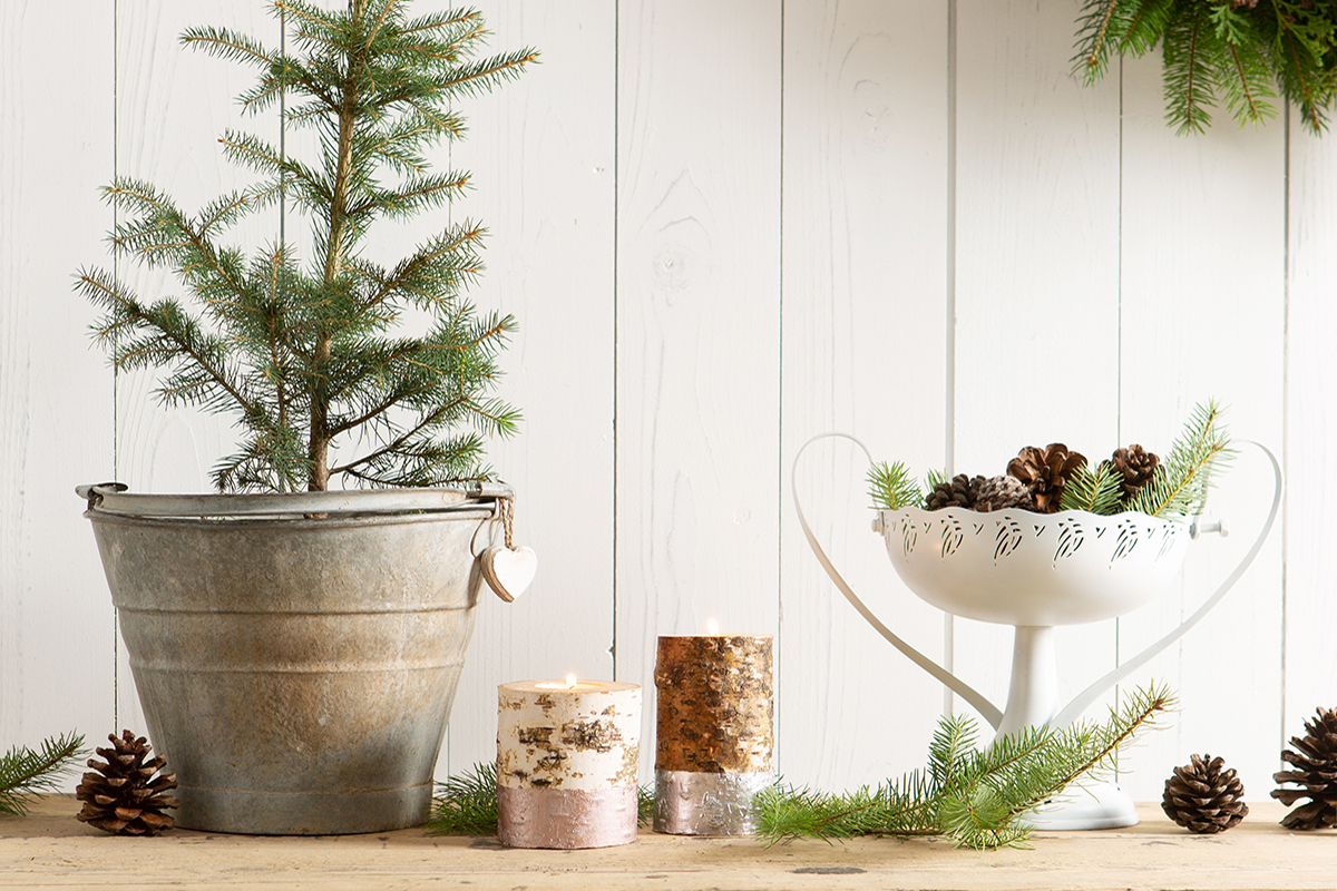 How To Create a Modern Rustic Candle for Christmas