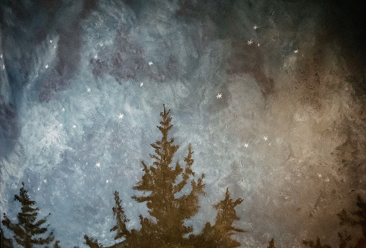 Create a Midnight Sky Mural with Artisan Chalk Wash paint